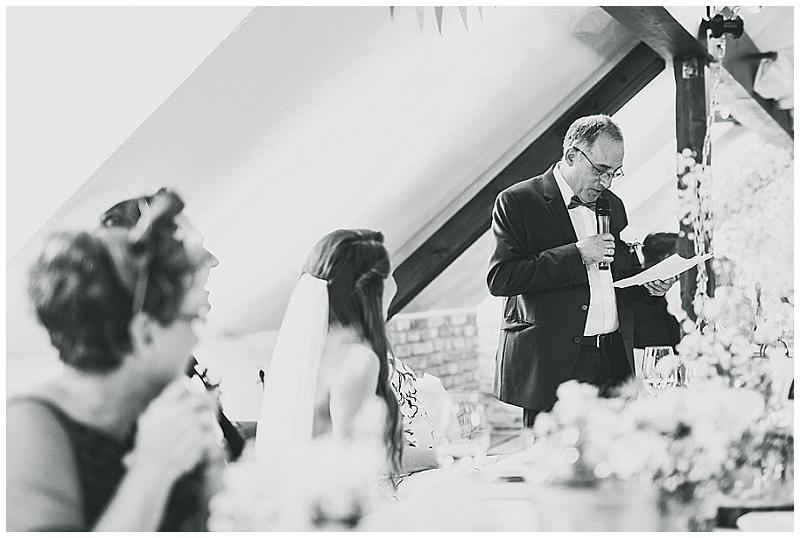 Hochzeit im Glessener Mühlenhof_0080.jpg
